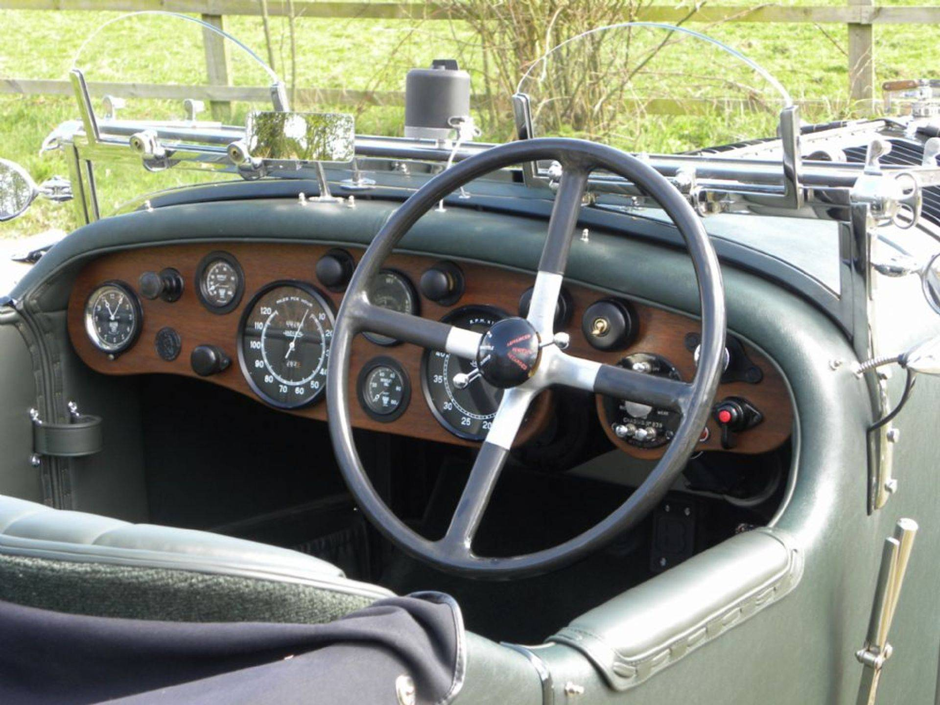 1925 Bentley Speed 20 interior