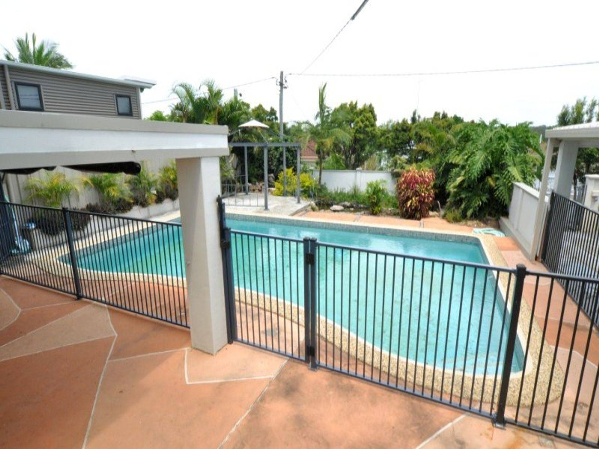Flat Top Pool Fencing, Gold Coast