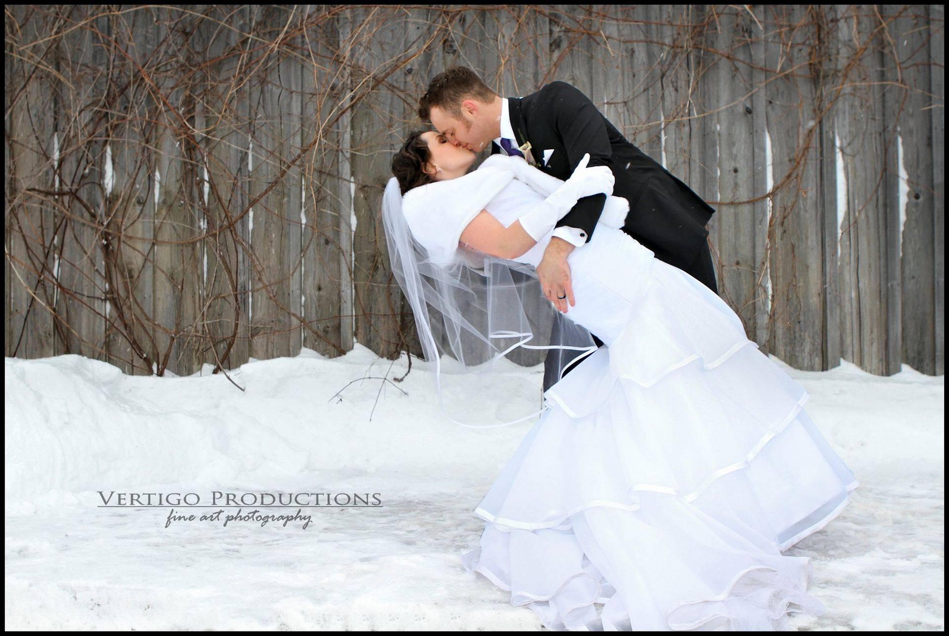 ottawa wedding photographer, strathmere inn, vertigo productions photography