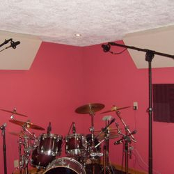 Dedicated Drum Room at Play It Again Demos