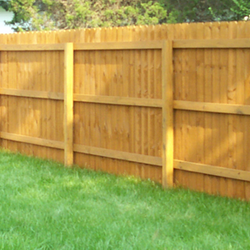 Wood Fencing Cleaning & Sealing Services