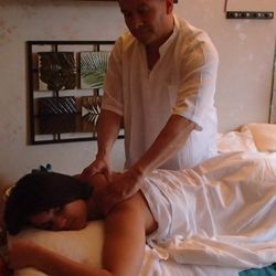 Thai hot oil massage