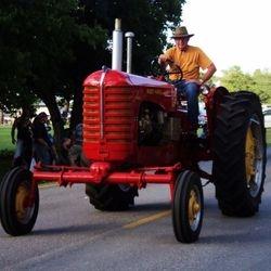 Tractors & Farmers