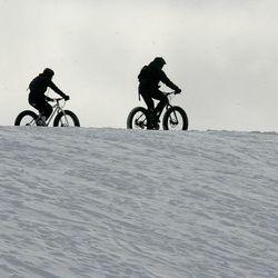 electric fat bike on snow