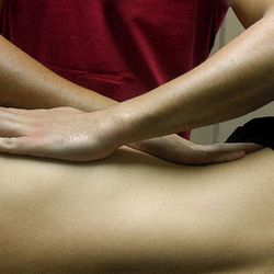 NM SPORTS MASSAGE | MARIOS NICOLAOU | SPORTS MASSAGE THERAPIST