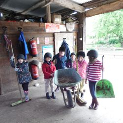 Children on pony morning