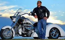 Ride2Guide.com an upscale Motorcycle Enthusiast website Boss Hoss V8 Motorcycles