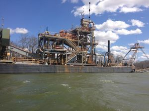 Sand And Gravel Plant / Twin Screw Towboats