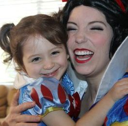 snow white princess hug los angeles best kid birthday party